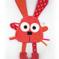 Doudou lapin corail rose orange