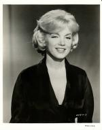 1959-12-lets_make_love-test_hairdress-042-studio-MM-012-6a