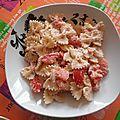 Farfalles froides aux tomates et à la ricotta 8 pp