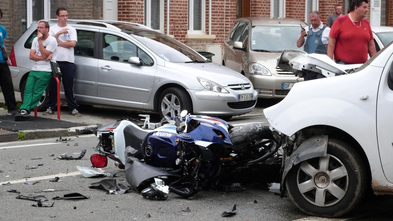 CONTRE ACCIDENT