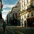 Le Casino de Paris depuis la rue de Clichy.