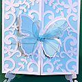 Une carte papillon pour line