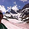 Jénorme cherche le lac de Lhurs (64)