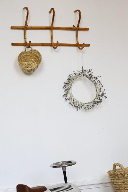 couronne-de-fleurs-séchées-patère-TRENDY-LITTLE
