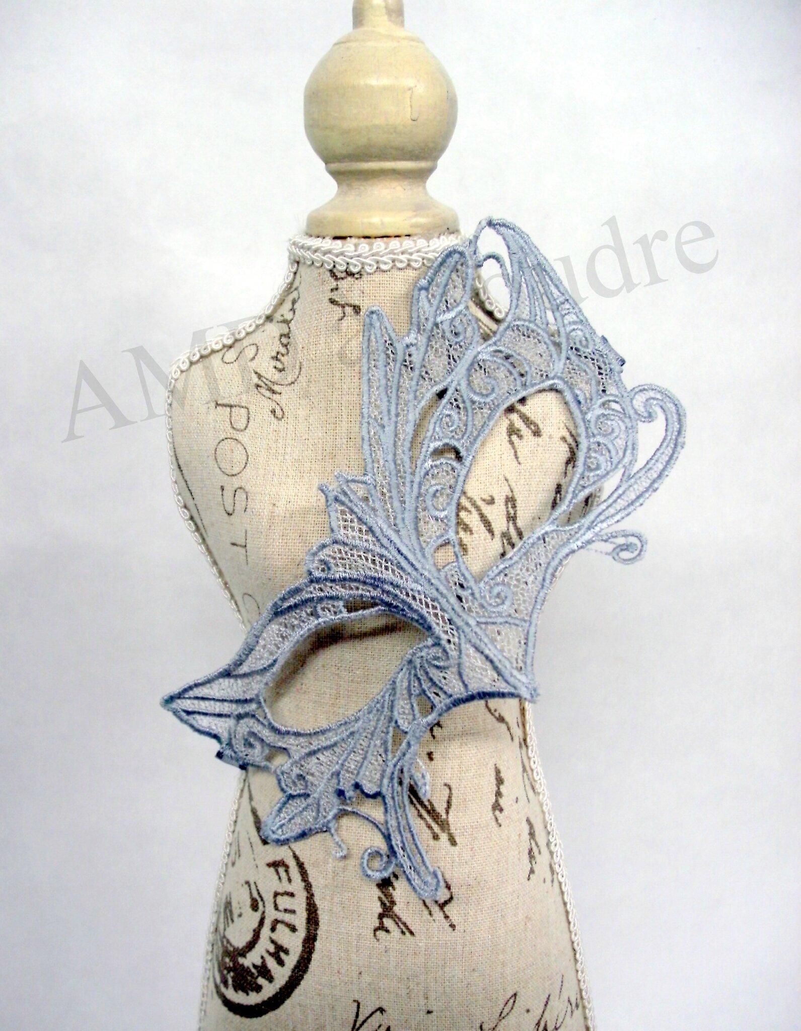 masque vénitien brodé en dentelle gris par amd a coudre (3)