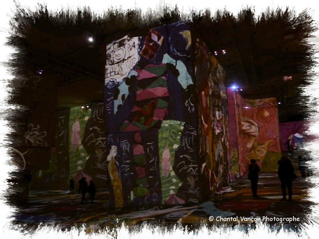 Carrieres_Lumiere_Chagall_01