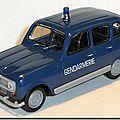 06 Renault 4 Gendarmerie 1