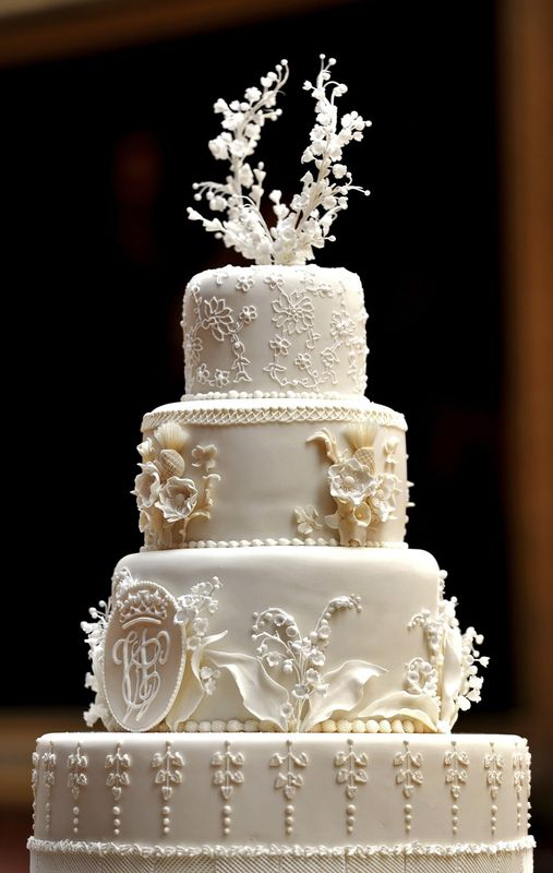 pictures of royal wedding cake 2018 g 226 teau royal le 1 2 3 famille 18428