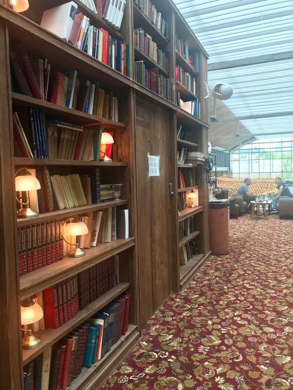 Felicita Bibliotheque