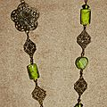 23 - perles de verre dentelle de métal - offert Sandrine