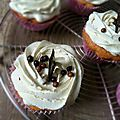 Cupcakes coeur nutella et topping vanille