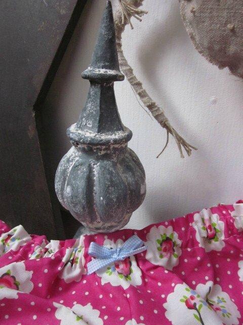 Culotte BIANCA en coton fushia imprimé médaillons de rose - noeud de vichy ciel (1)