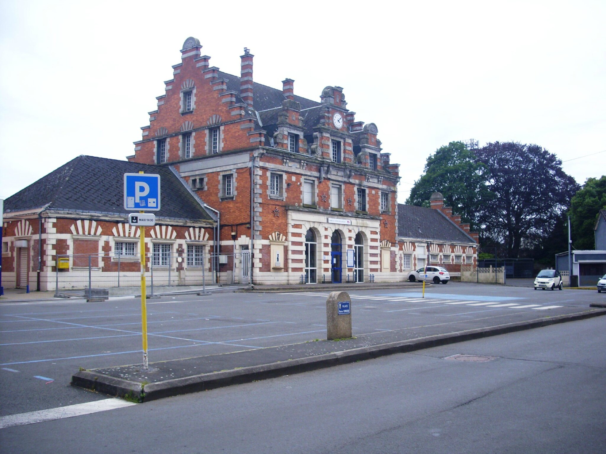 Hénin-Beaumont (Pas-de-Calais - 62) 1