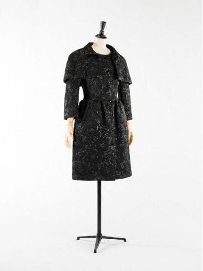 Cristóbal Balenciaga, Dress and capelet ensemble, 1968