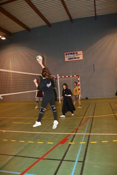 2010-12-16_volley_deguise_58