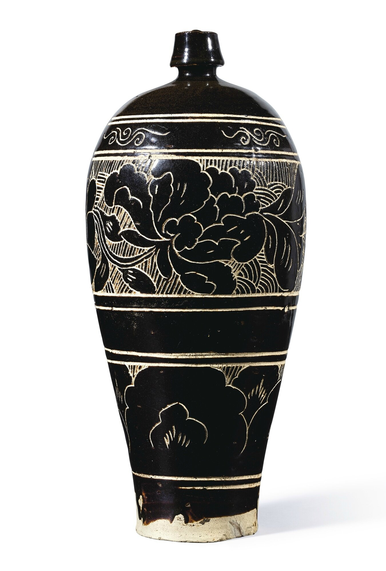 A large 'Cizhou' black-glazed sgraffiato 'floral' meiping, Northern Song Dynasty (960-1127)