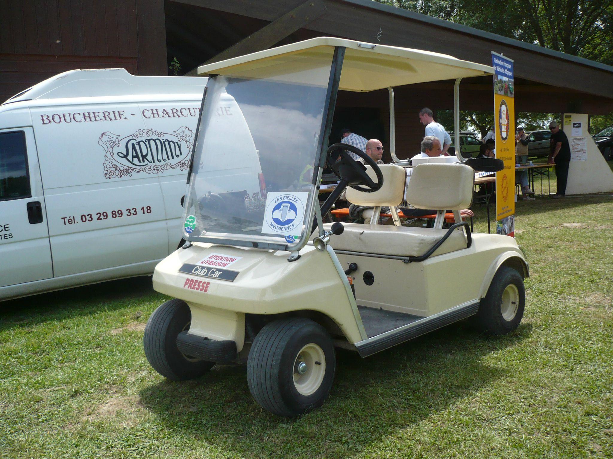 CLUB CAR DS Player voiturette de golf Madine (1)