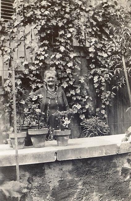 1934 Mme Hanns (1) - Copie