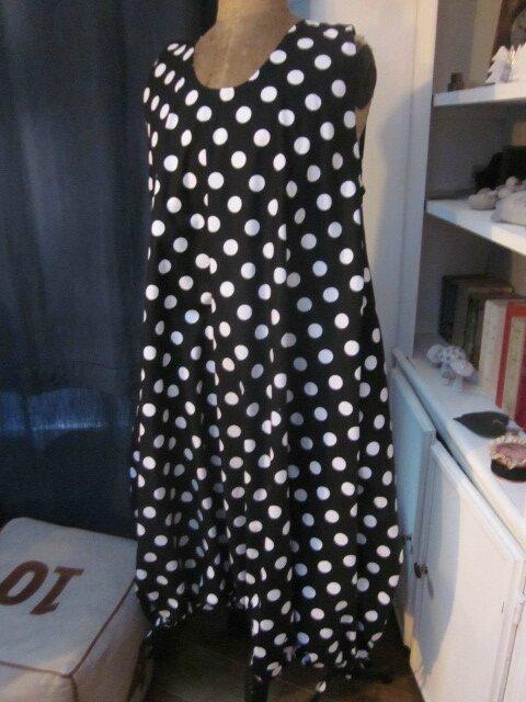 Robe HENRIETTE en coton noir à grosses pastilles BUBBLE (11)