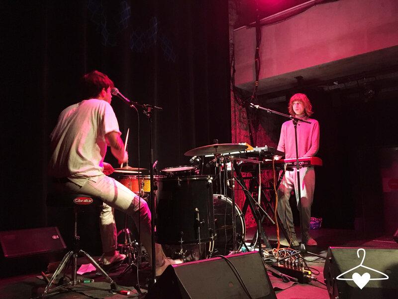 15-visite-trempolino-ile-de-nantes-concert-jaune-musiciens-blog-alice-sandra