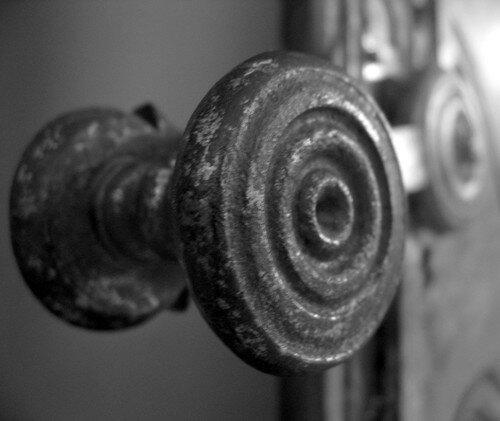 Poignee De Porte Ancienne Mls Photo De Black And White Line In