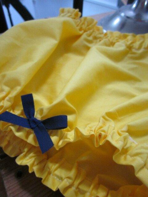 Culotte BIANCA en coton jaune - noeud marine devant sur les cuisses (1)