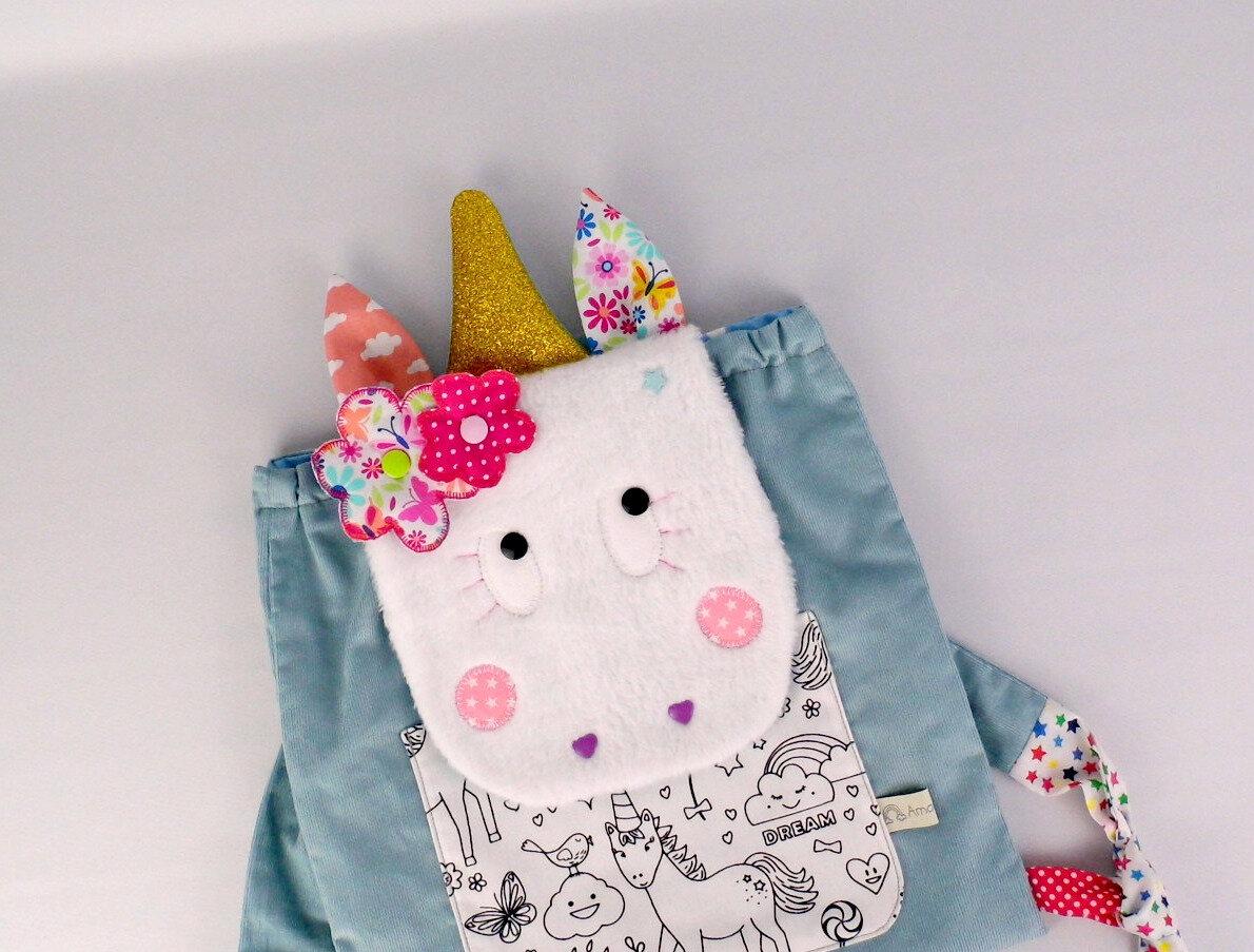 Sac à dos maternelle fille licorne personnalisable couleurs prénom sac bébé crèche personnalisé bleu rose fleur papillon tissu à colorier unicorn backpack kids preschool