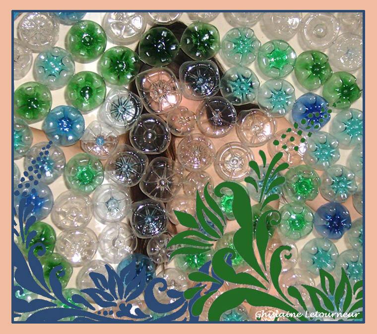 Dans le bain de plastique Bulles de plastique Fond de bouteilles en plastique - Ghislaine Letourneur