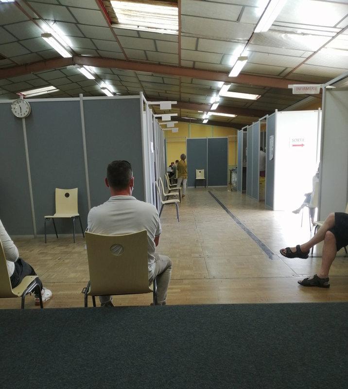 Centre vaccination 050621 1