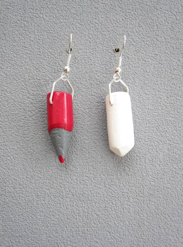 boucles crayons rouge + craie: 9€