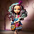 News : catty noir, power ghouls, color me creepy...madeline hatter, ashlynn et hunter