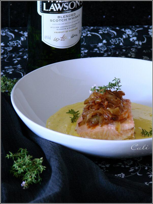 Saumon en Crème de Safran & Oignons Flambés au Whisky 002
