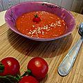 Soupe crémeuse de tomates rôties