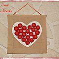 Cadre coeur en boîtes d'oeufs