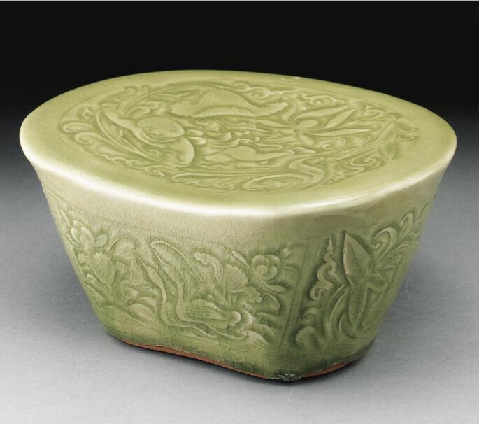 An outstanding 'Yaozhou' carved and dated pillow, Jin dynasty, Dated to the Fifth Year of the Cheng An Reign (Corresponding to 1200 A