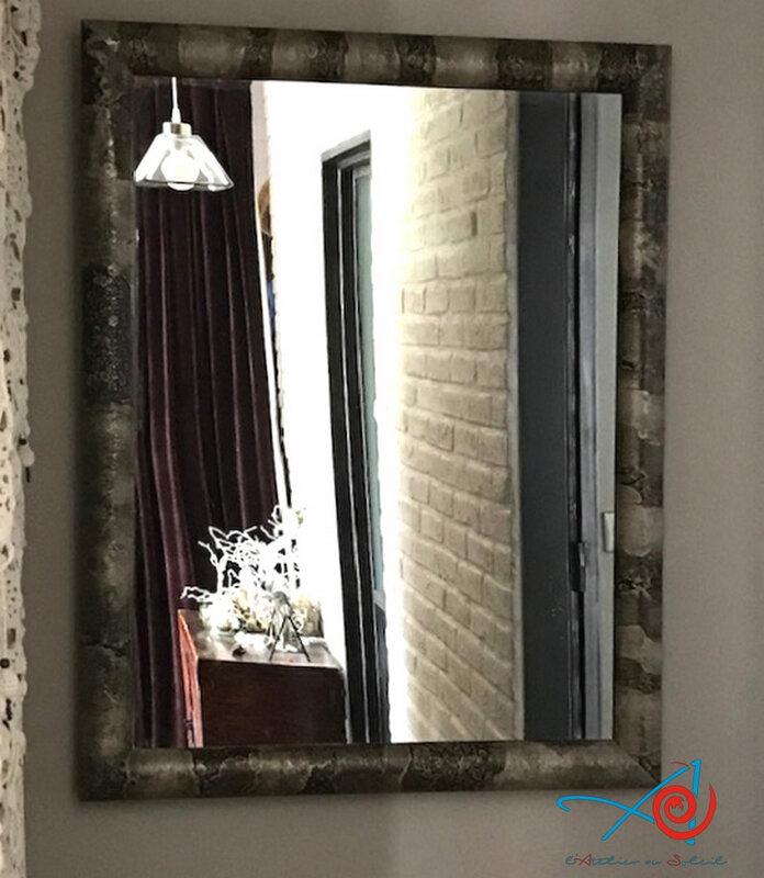 Encadrement d'un miroir - Framing of a mirror