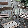 Vieilles chaises...