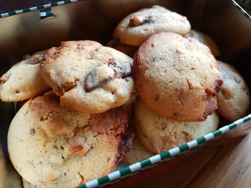 Cookies chocolat dulcey, noir et noix de pécan