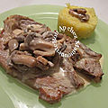 Côtes de veau flambées au calvados, champignons, crèmées, à l'écrasé de pdt