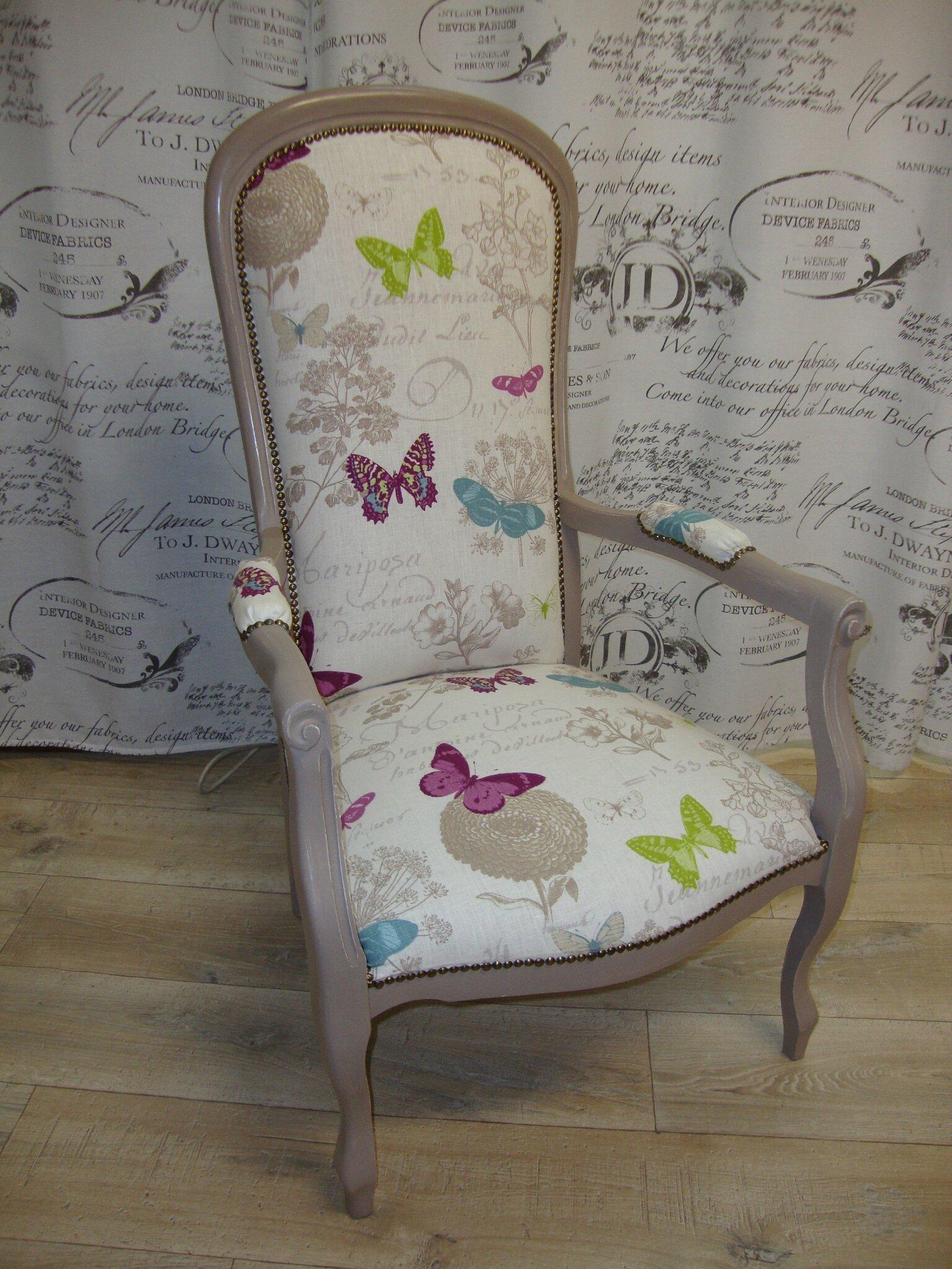 Relooker Un Fauteuil Voltaire fauteuil voltaire taupe modèle papillons - kréative déco