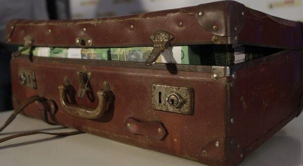 Comment avoir la valise magique du marabout -marabout voyant MALAYIKAN