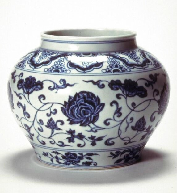 Jar with lotus scrolls, Ming dynasty (1368-1644), Reign of the Yongle emperor-Reign of the Xuande emperor