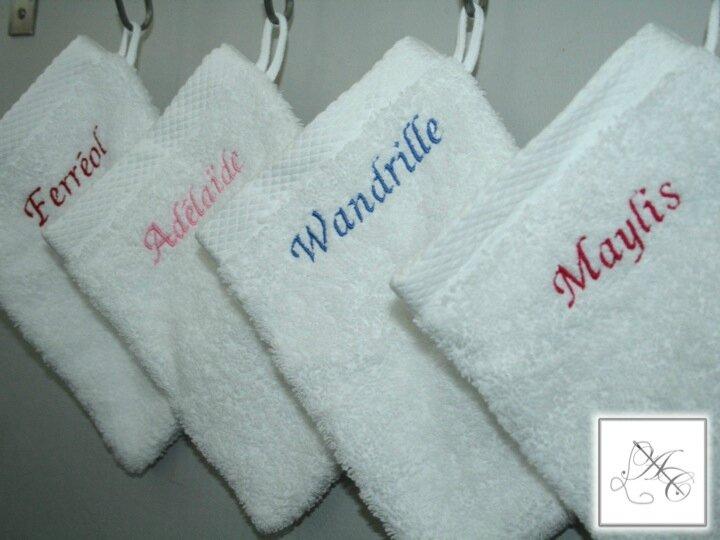 Gants de toilette brodés à la demande (qualité Bouchar*)