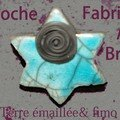 broche-bleue-post