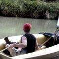 superman & supercat sont sur un bateau