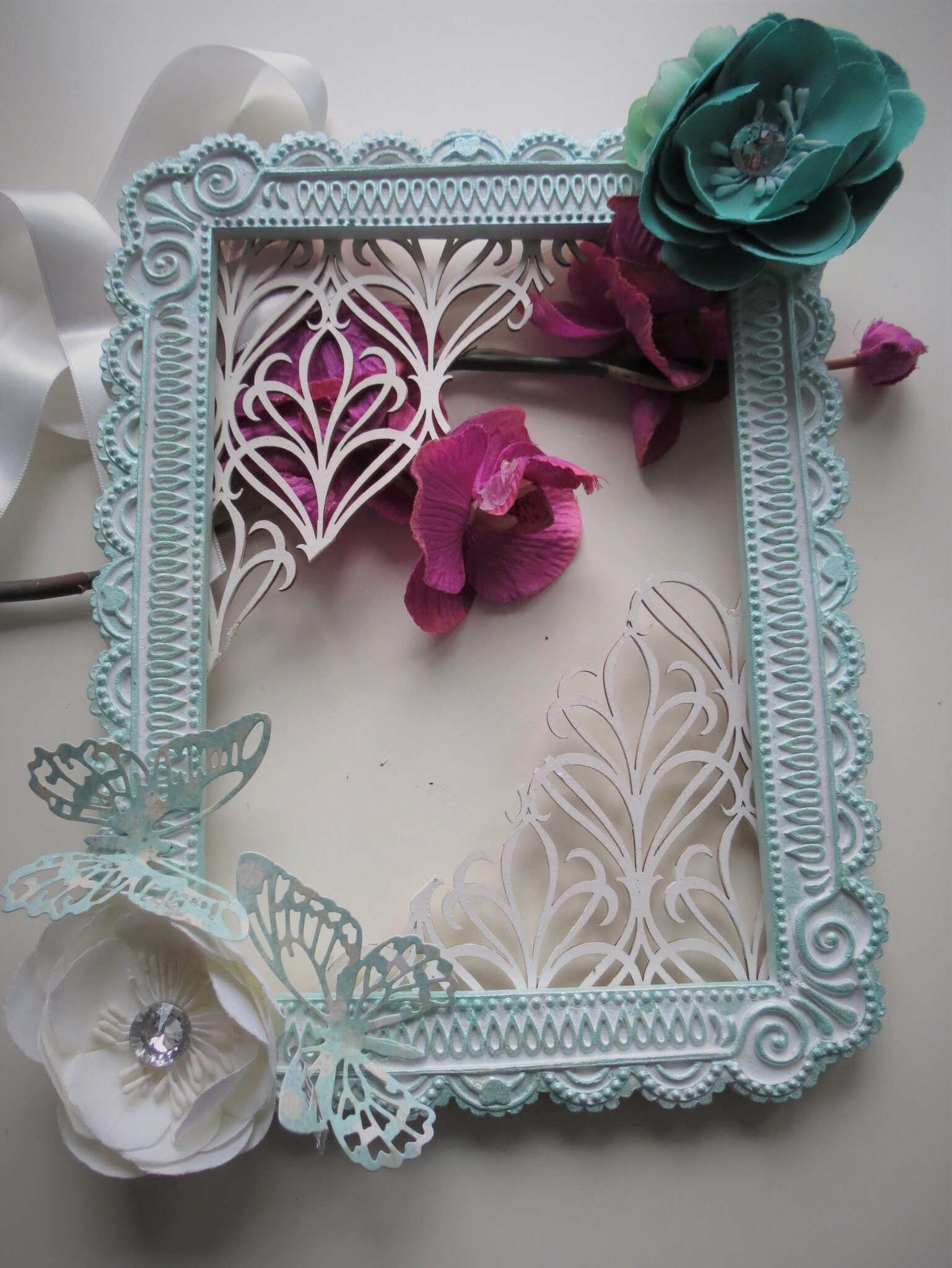 Altered blackboard - shabby frame