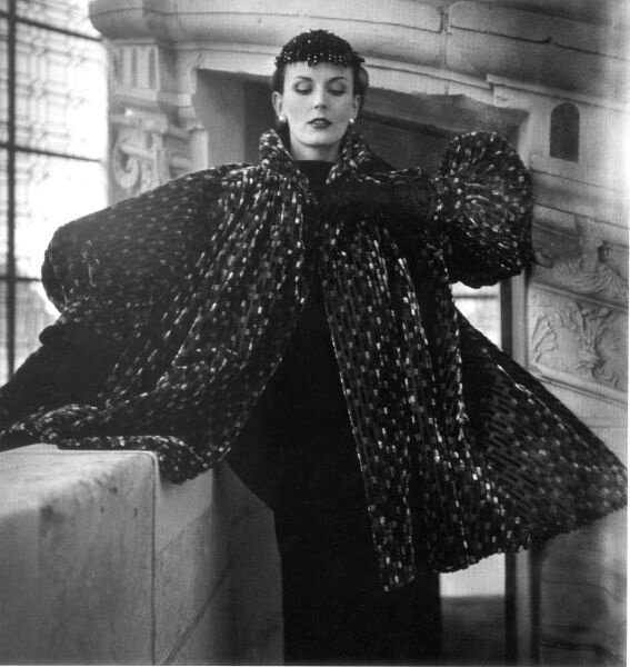 Balenciaga coat, Fall 1950