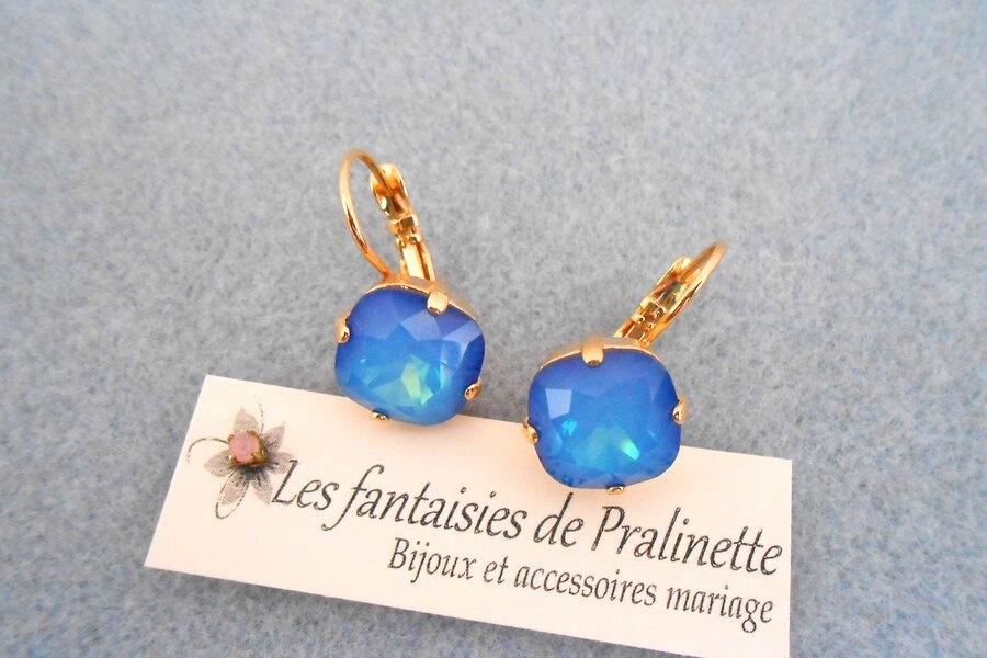 bijoux-mariage-soiree-temoin-cortege-bocules-d-oreilles-Soline-cristal-blue-sky-opal