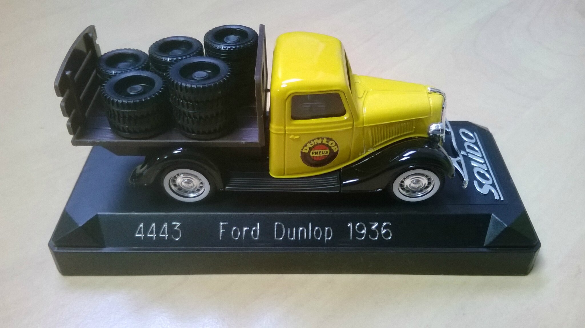 4443_Ford Dunlop 1936_01