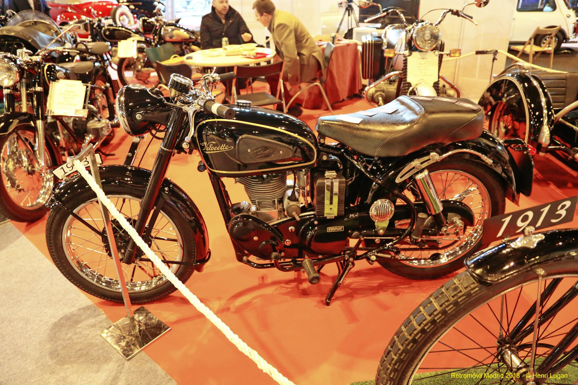 Velocette Mac 350_01 - 1953 [UK] HL_GF